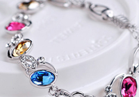 What Is Crystal Jewelry